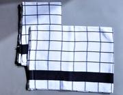 полотенца в черно-белую клетку